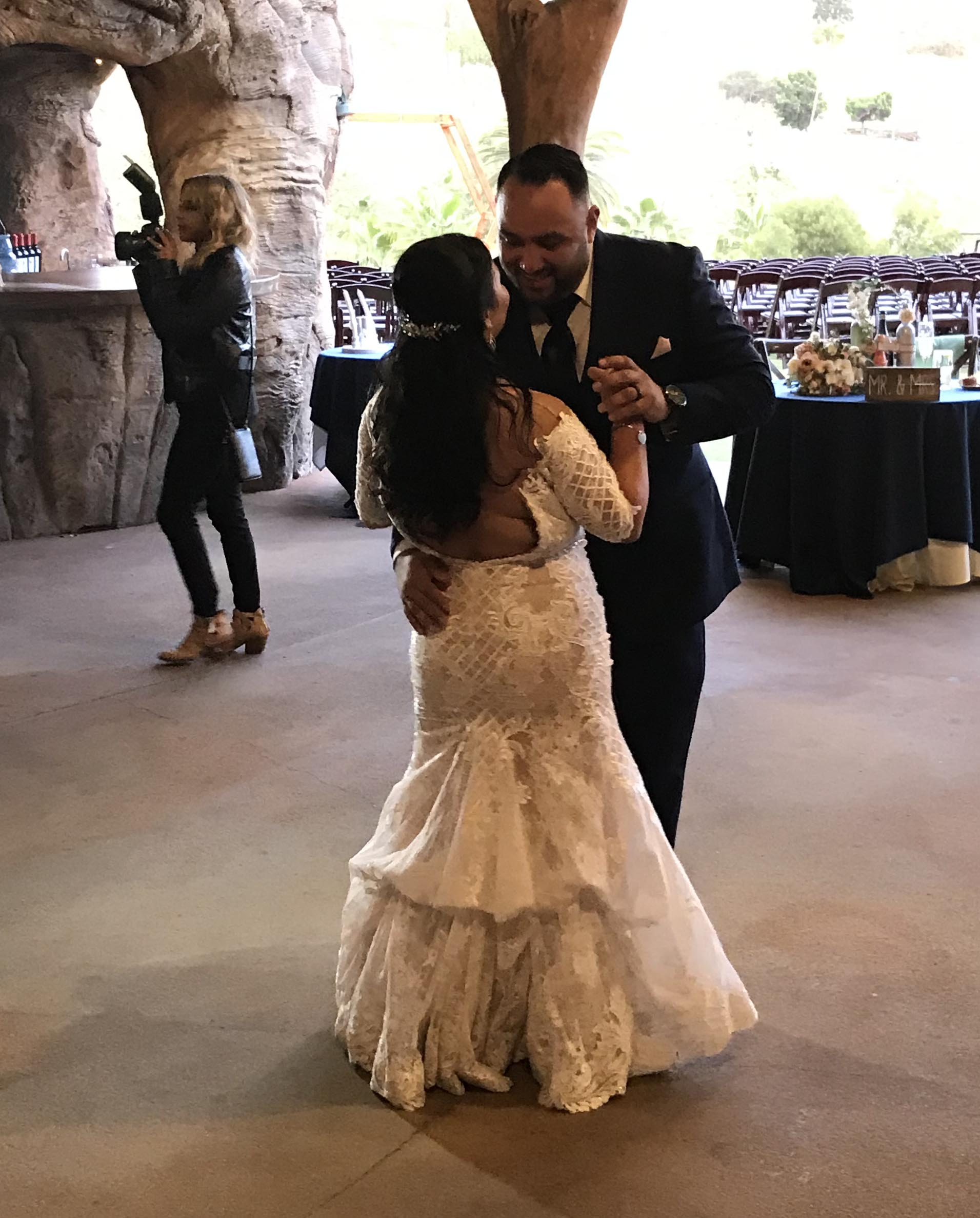 San Diego wedding DJ at the Safari park - Becks Entertainment